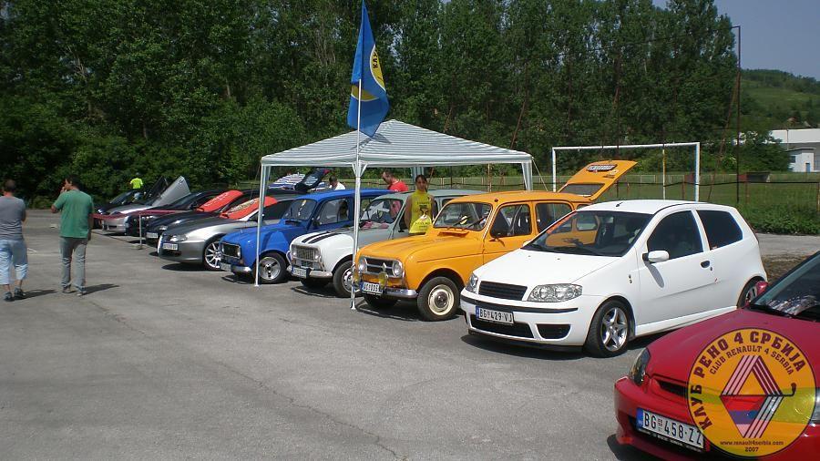 Renault 4 Serbia
